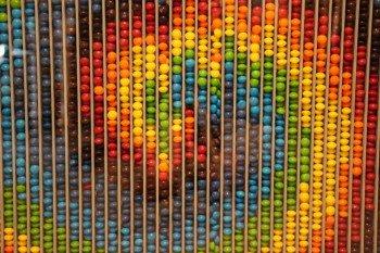 Wyświetlacz DIY z tysięcy kolorowych cukierków?